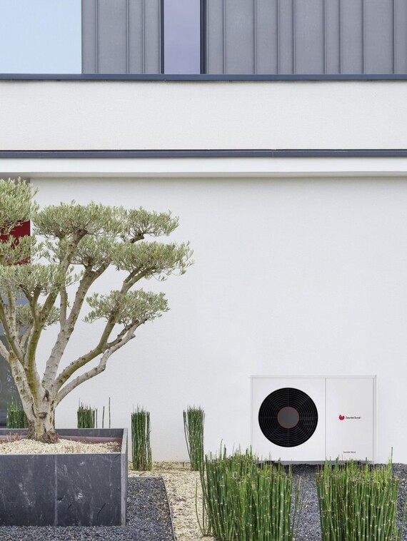 Air-to-water heat pump GeniaAir Mono from Saunier Duval in all capacities.
